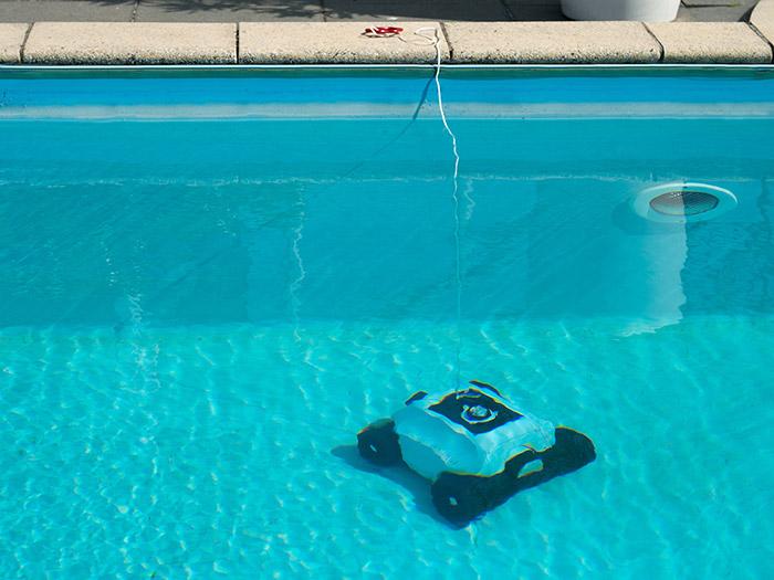 clean accu piscina